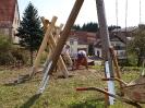 Arbeiten am Spielplatz